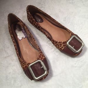NEW Fossil Animal Print Buckle Round Toe Flats